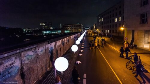 Preview image of Lichtgrenze – Light Art Installation